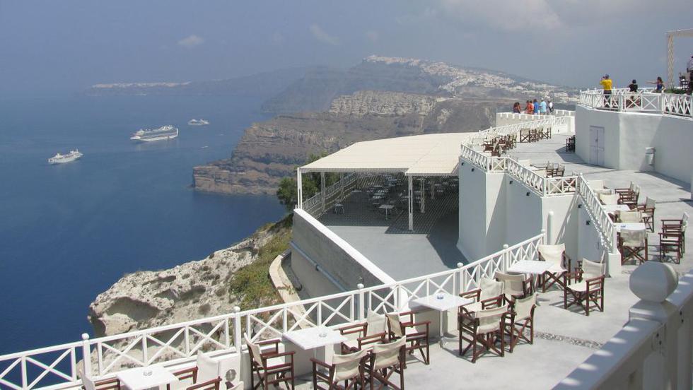 Bine de ştiut pentru o vacanţă în Santorini