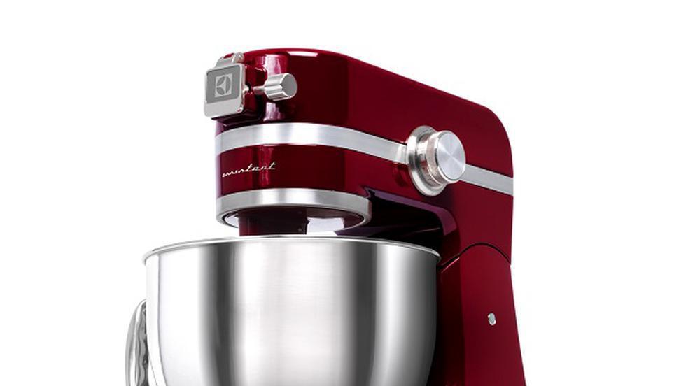 Bunătăţi pentru masa de Paşte, pregătite cu noul robot de bucătărie Kitchen Assistent de la Electrolux