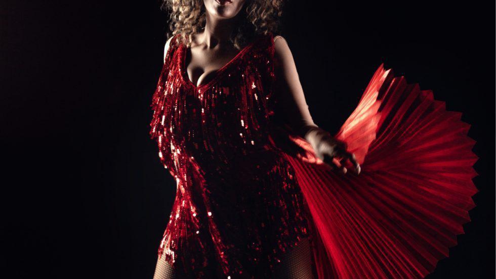 """Julie Mayaya """"o aduce"""" pe Tina Turner în România, într-un proiect de suflet"""