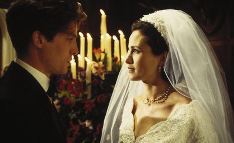 Patru nunţi şi o înmormântare   Hugh Grant şi Andie MacDowell