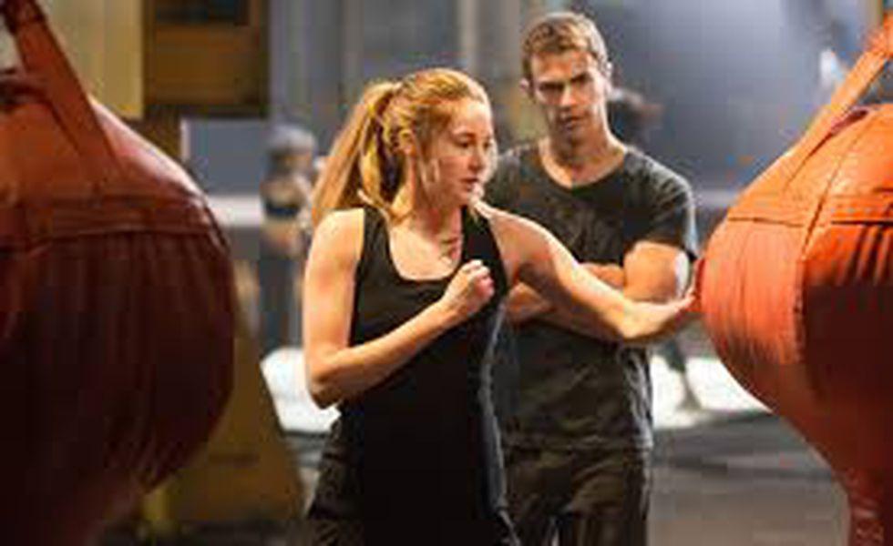 Divergent (2)