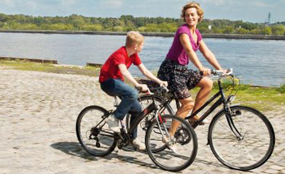 Băiatul cu bicicleta   Thomas Doret şi Cécile De France