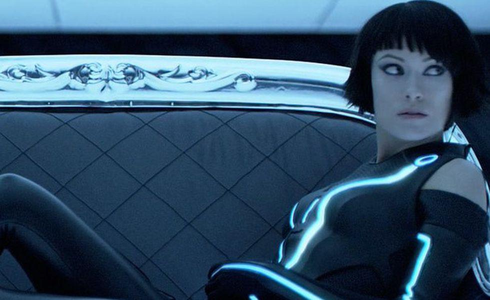 Olivia wilde tron legacy couch