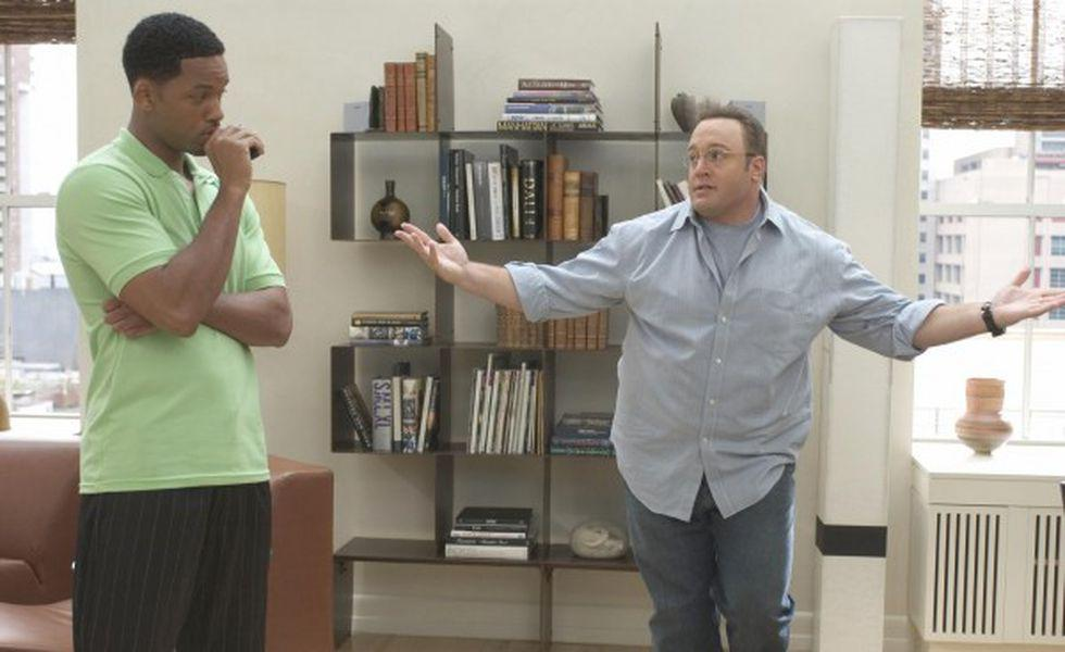 Still of will smith and kevin james in hitch (2005) large picture