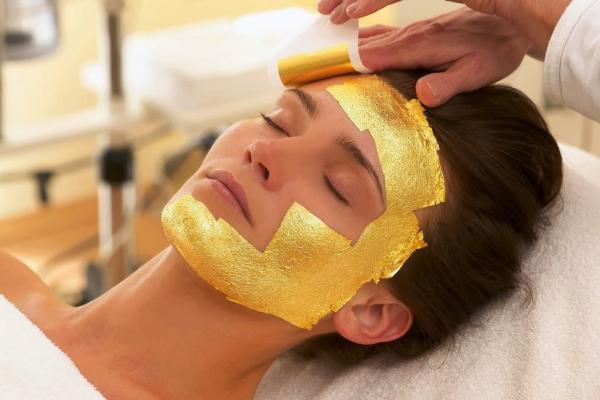 (P) Tratamente de înfrumusețare cu foiță de aur, în Antalya