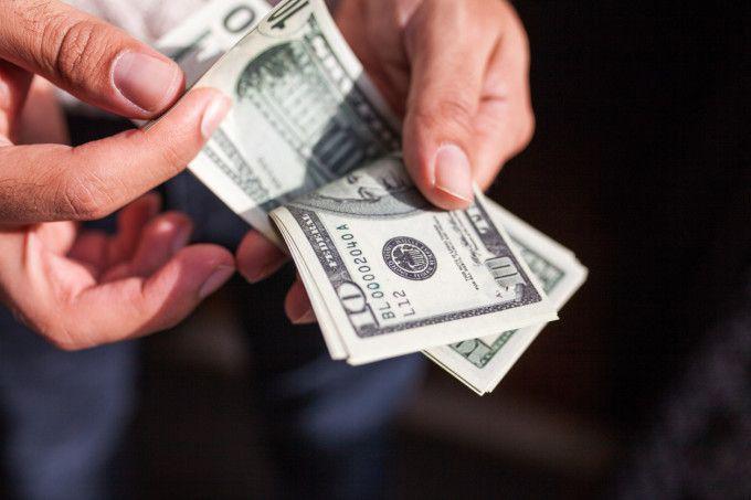 Un bărbat oferă 50.000 de dolari recompensă celui care rezolvă un caz neobișnuit