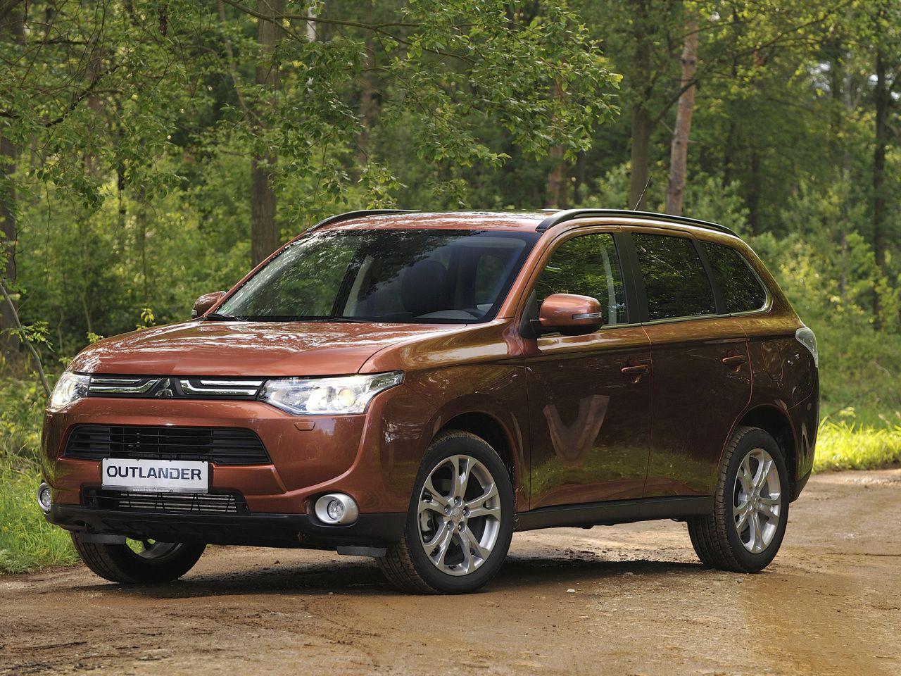 Mitsubishi Outlander: Revolutia de catifea