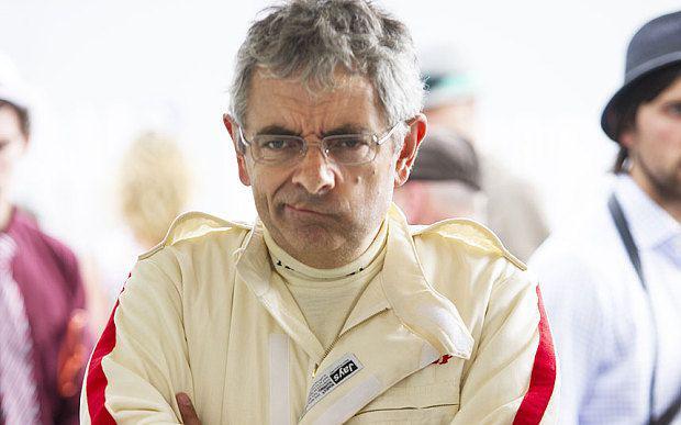 Rowan Atkinson a fost implicat intr-un accident in cadrul Goodwood Revival