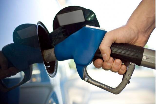 Evoluția prețului carburanților în primele luni ale anului