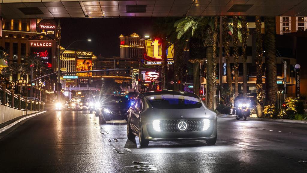 Mercedes-Benz F 015 Luxury in Motion Concept – Viitorul este autonom