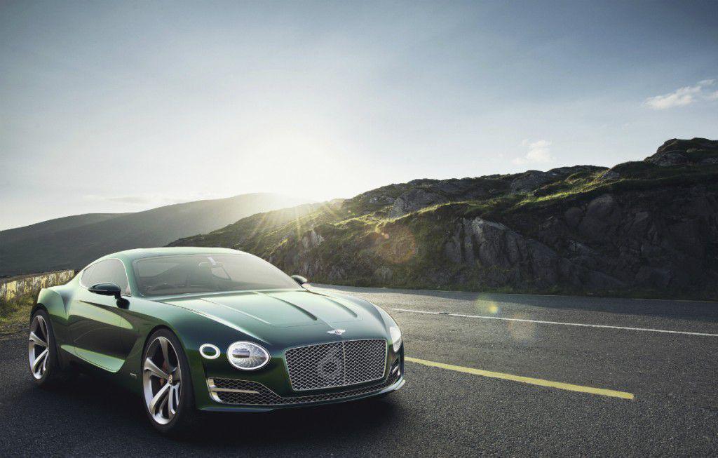 Live Geneva 2015 – Standul Bentley