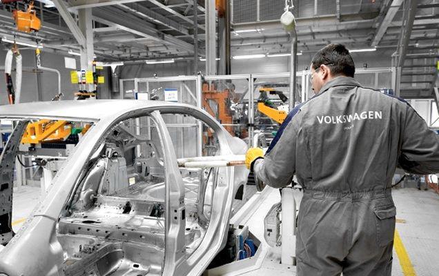 Vestea pe care o aștepta toată lumea! Volkswagen lansează modelul low-cost în 2018