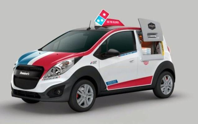 În Statele Unite a apărut mașina de pizza care include un cuptor | VIDEO