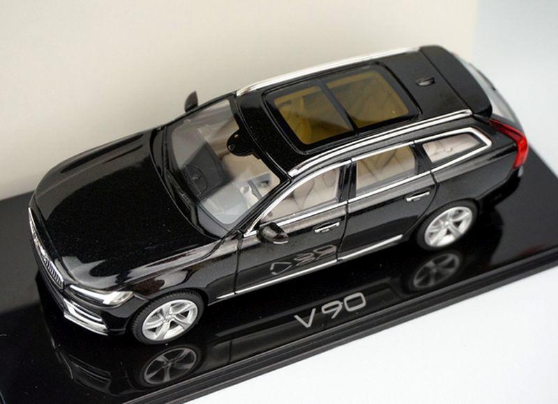 Neconvențional: Volvo V90 rescrie jocul teaserelor