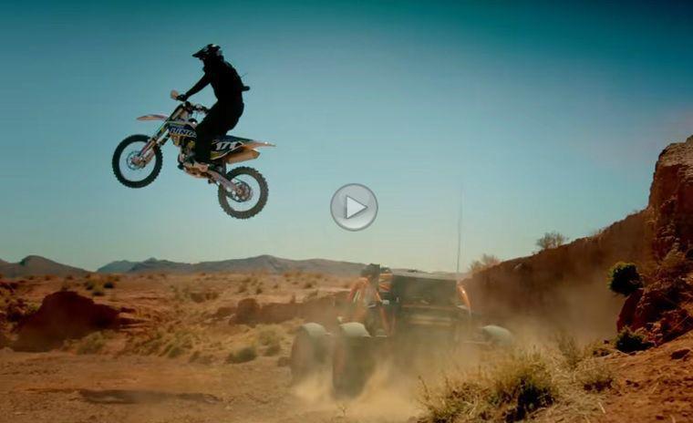 Matt LeBlanc ne arată cum trebuie să testezi un Ariel Nomad