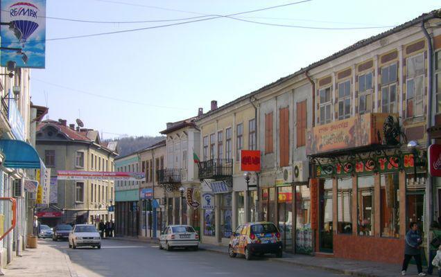 Ai grijă unde parchezi în Bulgaria! Cât costă dacă îți ridică mașina vecinii de la sud de Dunăre?