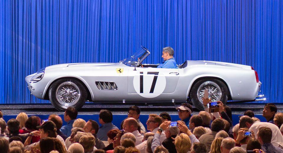 Un Ferrari 250 California Spider s-a vândut pentru 18 milioane de dolari