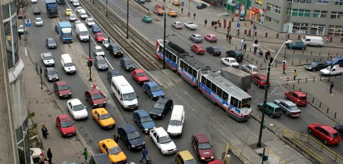 Navetiștii aglomerează Capitala? Câte mașini intră zilnic în București?