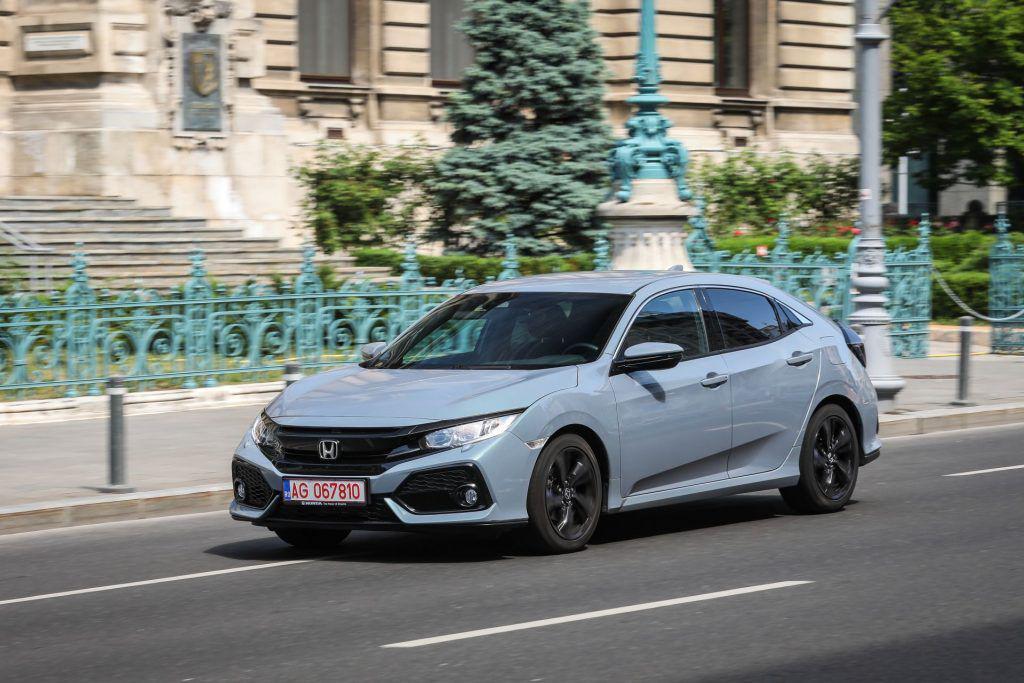 Honda Civic 1.0 CVT: Un plus de confort şi sportivitate