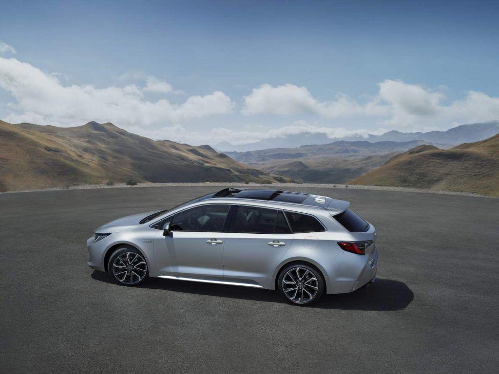 Toyota Corolla Touring Sports: Noul break compact al niponilor
