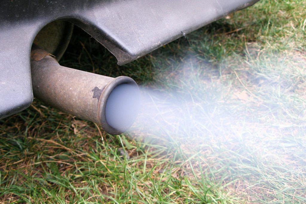 S-a terminat cu mașinile poluante – vor fi interzise în București