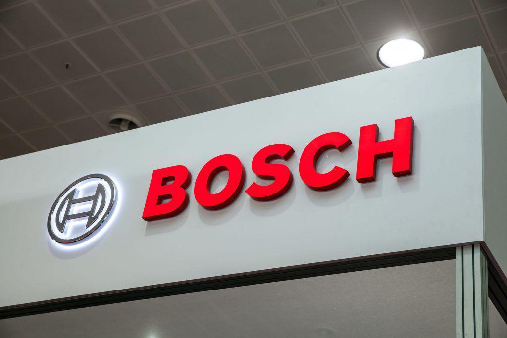 Bosch lansează un program de masterat pentru studenții interesați de industria auto