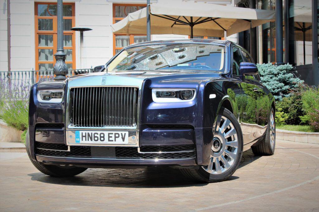 Rolls-Royce Phantom: Ai văzut o Phantomă?