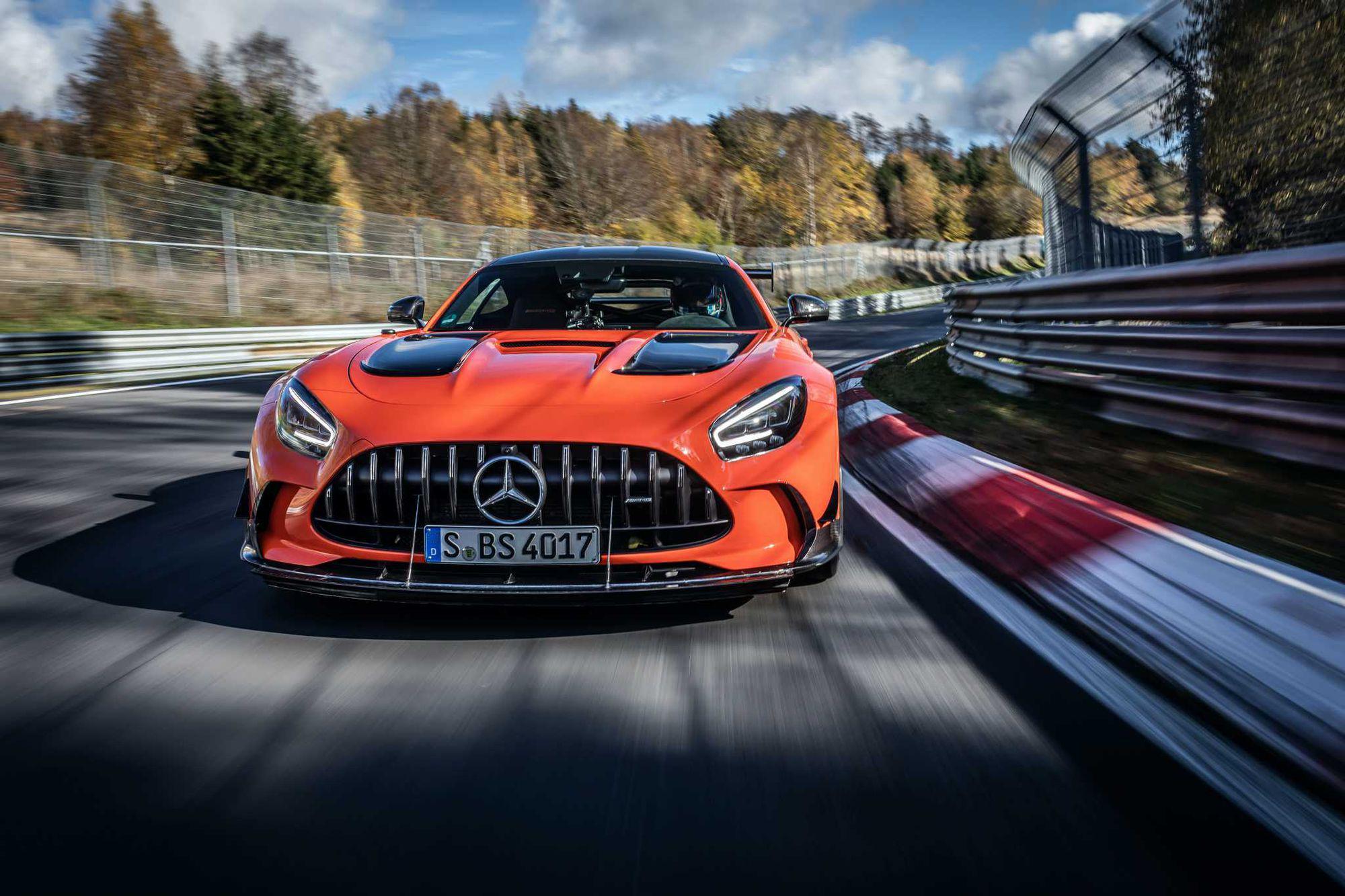 Mercedes-AMG GT Black Series devine cel mai rapid model de serie pe Nurburgring (VIDEO)
