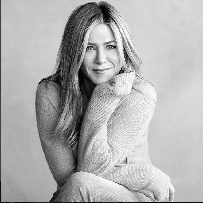 Jennifer Aniston a implinit 49 de ani
