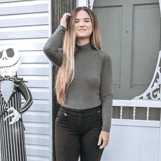 O tânără a slăbit 80 de kilograme! Avea 150 de kilograme | GALERIE FOTO