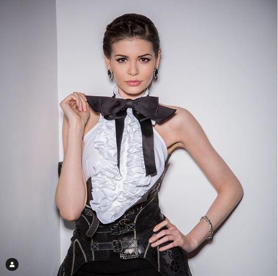 Monica Gabor gatit