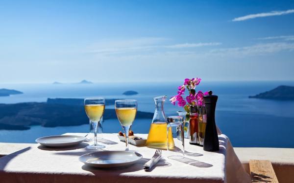 (P) Tur gastronomic, pe insula Santorini