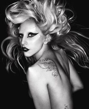 "Lady Gaga a lansat videoclipul piesei ""The Edge of Glory"", un hit de TOP 10 - VIDEO"